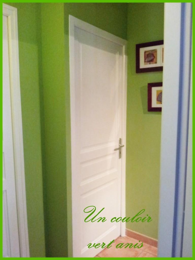 Dans le couloir vert anis dans rnovation de la maison with couleur taupe et vert anis for Chambre orange et vert anis
